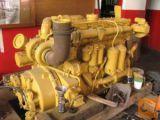 Nakladač Caterpillar 988C in buldožer D8K-za rezervne dele