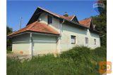 Prodamo Starejšo Hišo Na Kogu