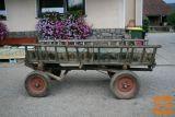 prodam starinski voziček, tel.041640815