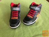 Geox fantovski čevlji št. 34