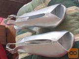 sandali srebrne barve