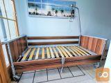 Električna negovalna postelja s trapezom - Domiflex (29V)
